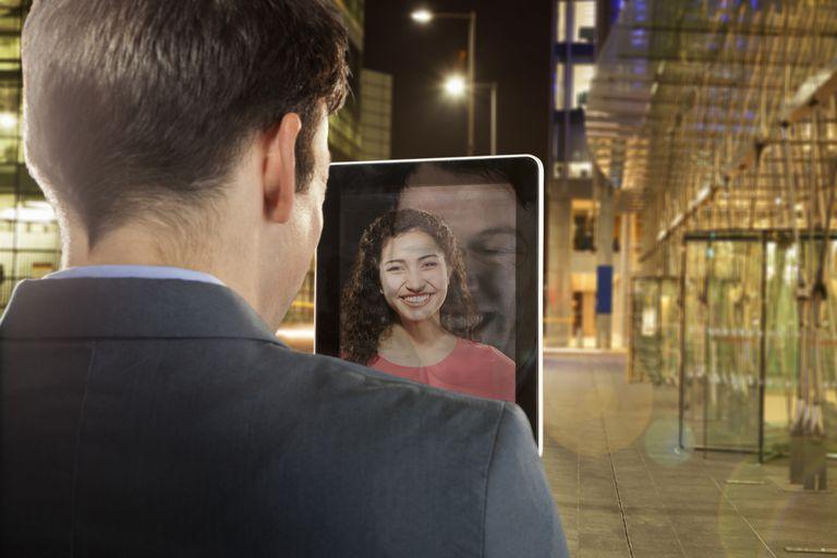 Skype messaging on tablet