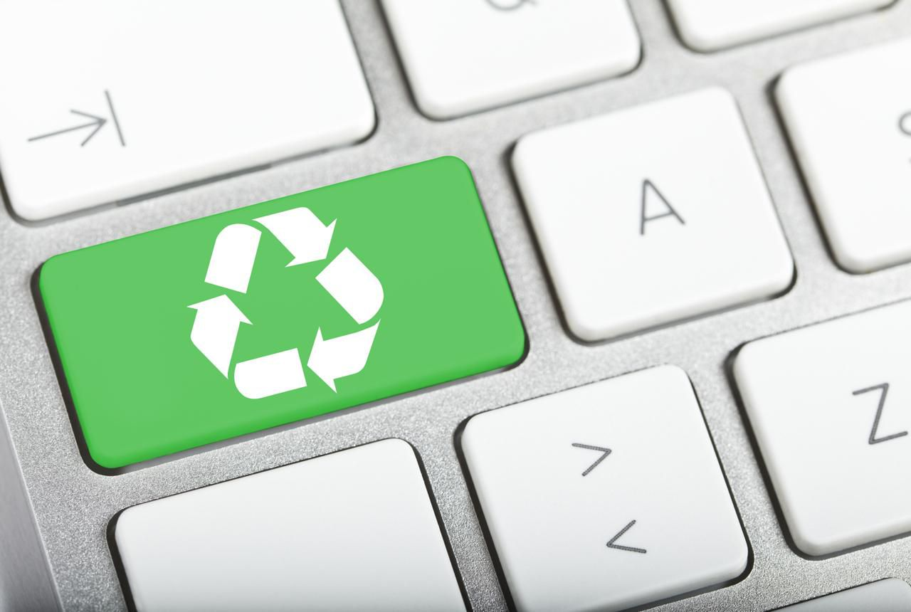 How To Safely Recycle Or Sell Your Old Computer Recycling Machinery Circuit Board Scrap