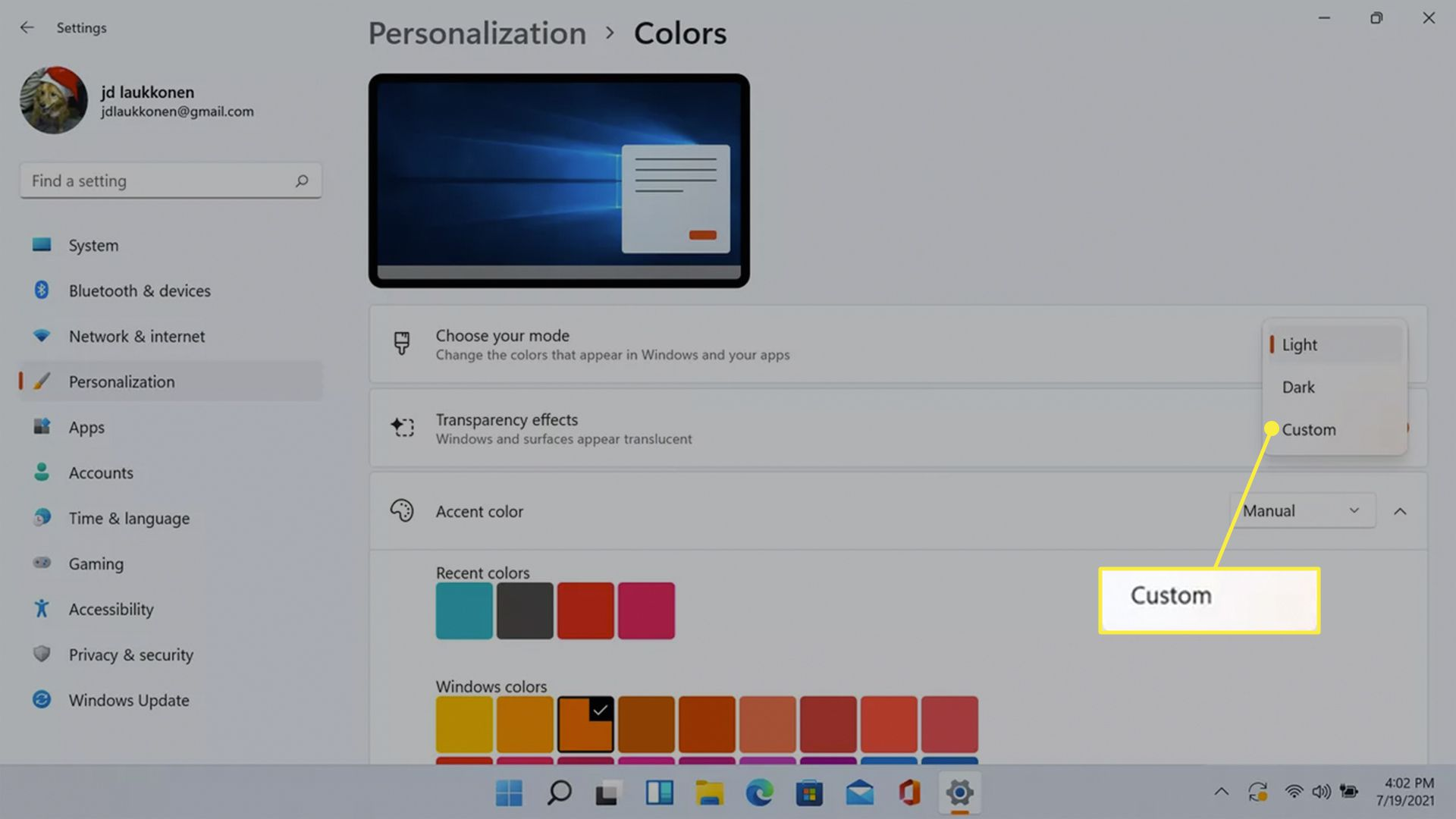 Custom highlighted in the Windows 11 colors choose your mode menu.