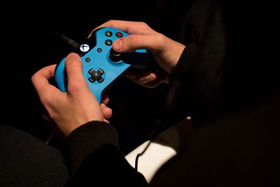 Playing Xbox on blue controller