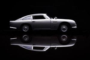 james bond cool car technology