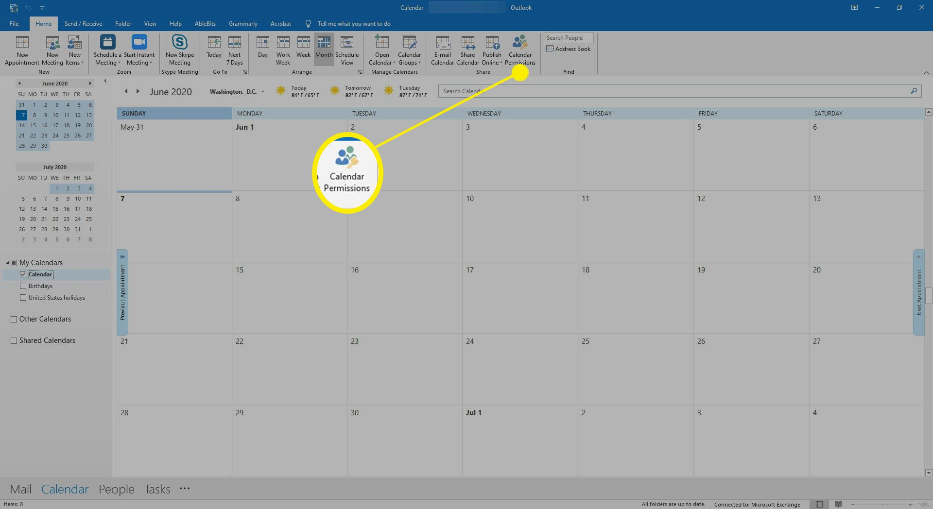Selecting calendar permissions in Outlook.