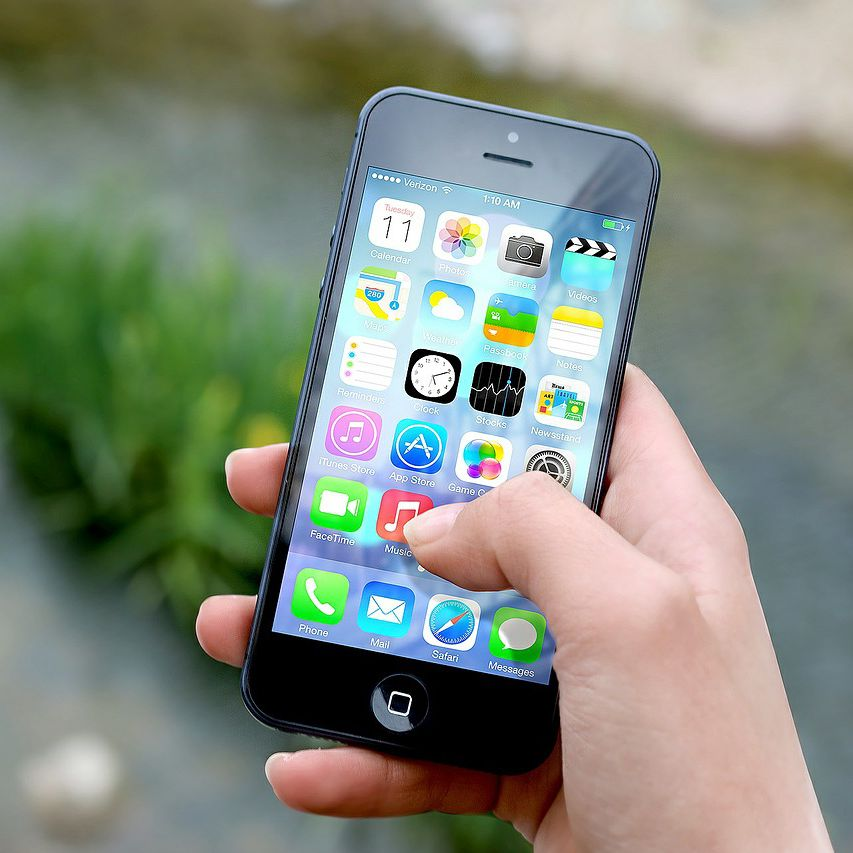 What Phone Company Is Best for the iPhone?