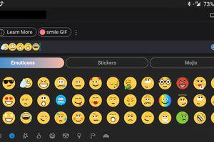 A Skype window with any emoji displayed