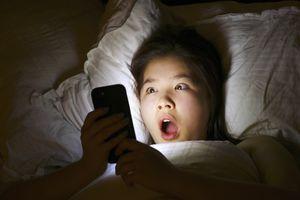 shock horror on mobile phone