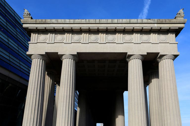 Doric columns rising above the East entrance to Soldier Field