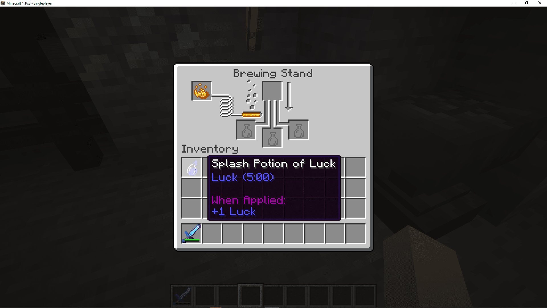 A screenshot of a splash potion of luck in Minecraft.