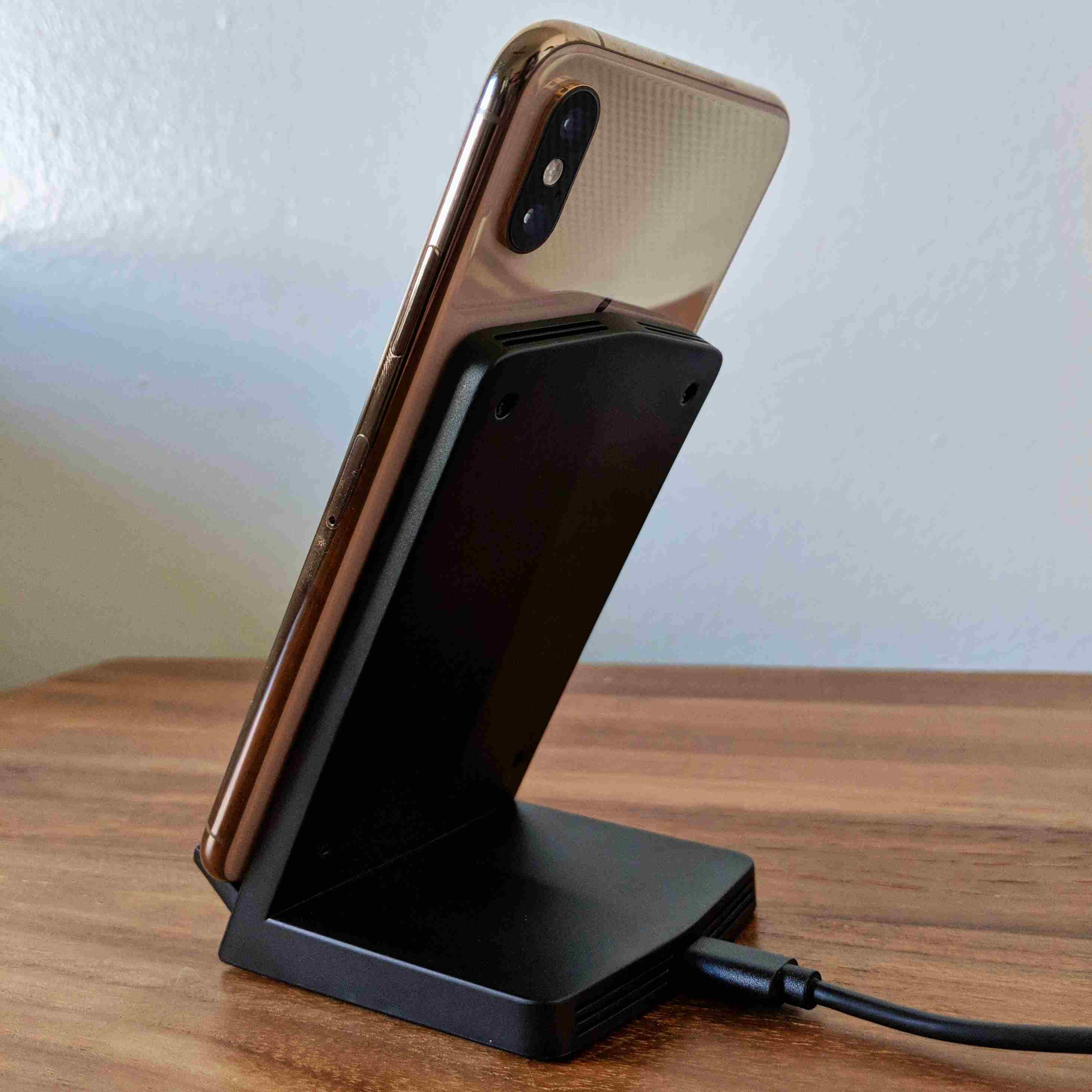Seneo WaveStand 153 Fast Wireless Charger