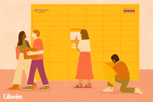 People using Amazon lockers