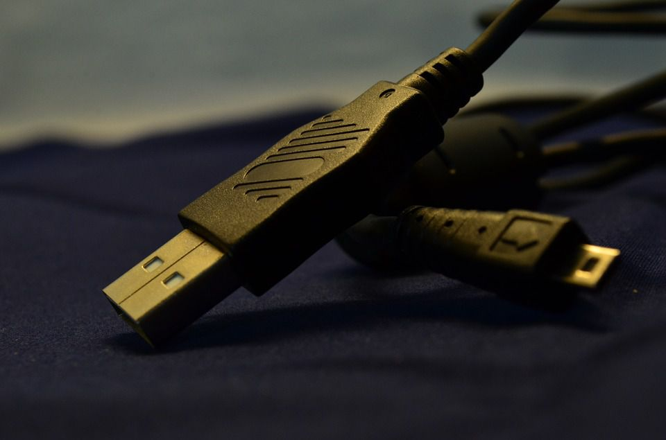 USB is one of the most common connection types.