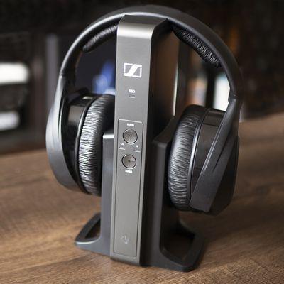 Headphones Not Working on Windows 10? Here's How to Fix It