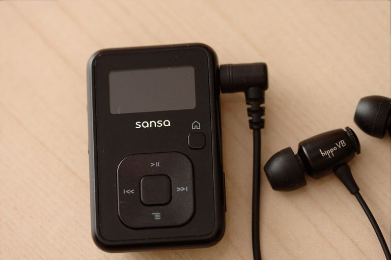 Sansa Clip+ with in-ear monitors