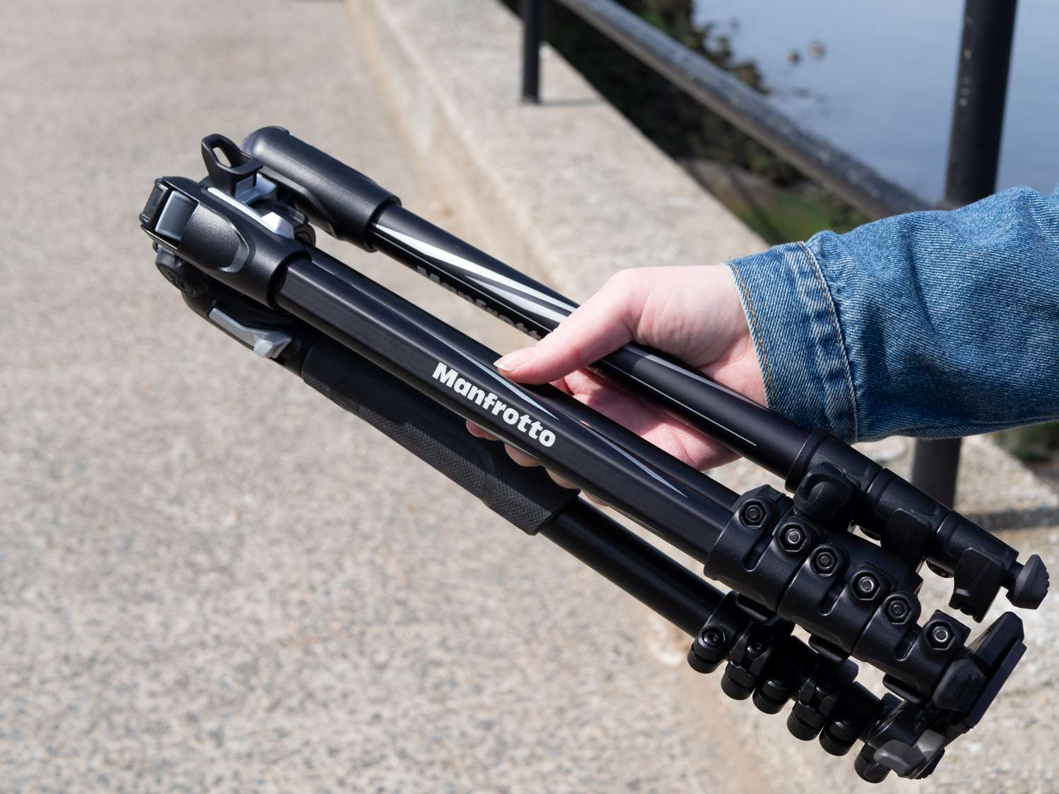 Manfrotto Befree Aluminum Travel Tripod: High Quality Means A High Price