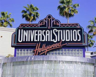 taking a camera to Universal Studios