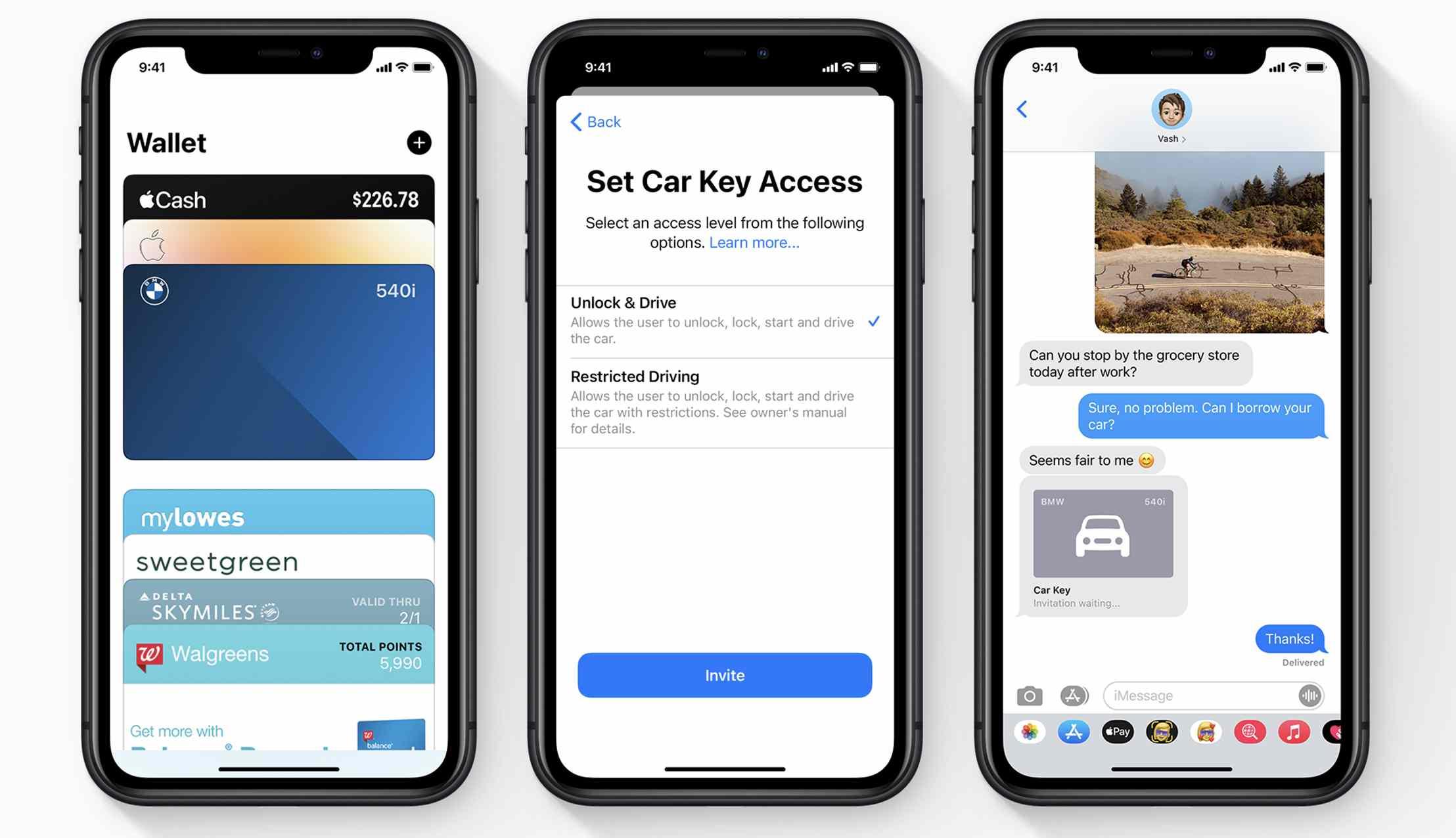 CarPlay phone screens