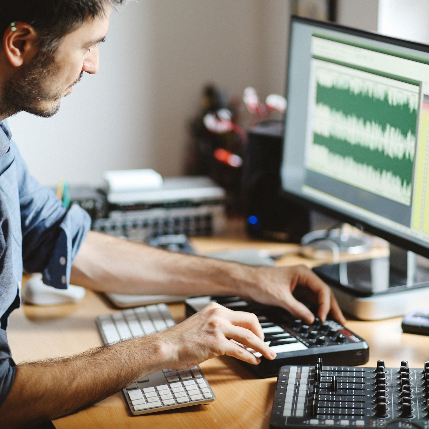The 8 Best Alternatives to GarageBand for Your PC