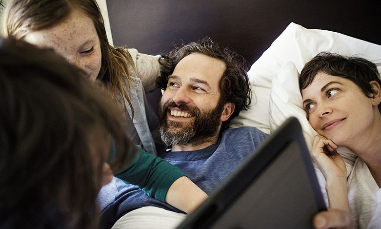 Family sharing their Windows device
