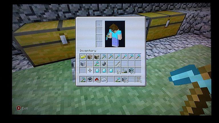 screenshot of minecraft miner mining for infinite diamonds in minecraft