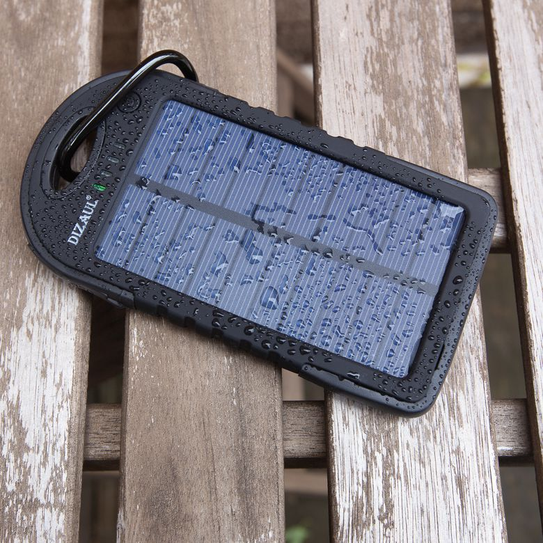 Dizaul 5000mAh Portable Solar Power Bank