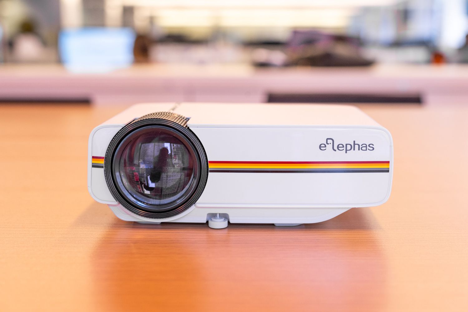 Best Portable Projector 2019 Elephas YG400 Mini Projector Review: Powerful Budget Projector