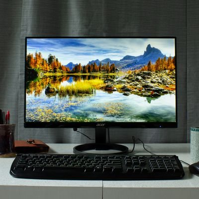 How to Fix Discoloration on a Computer Screen