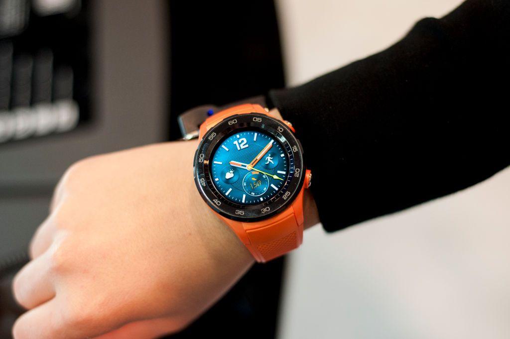 Someone wearing a Huawei Smartwatch.