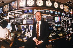 Bloomberg, de información financiera, también contrata con H-1B