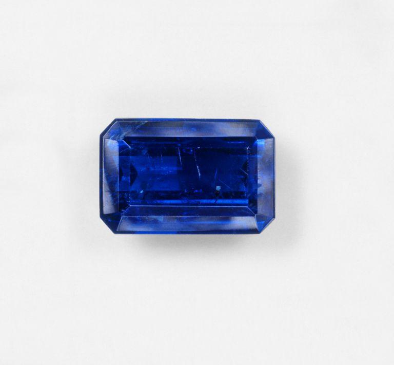 Blue baguette sapphire