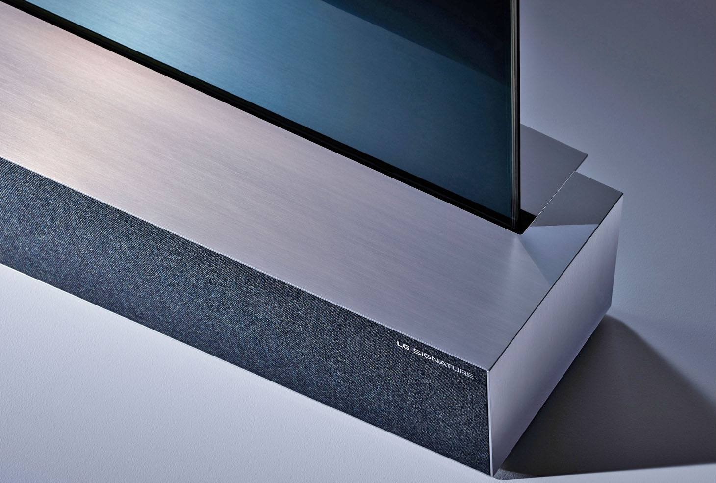 LG Rollable OLED Ultra HD TV - Edge Close-up