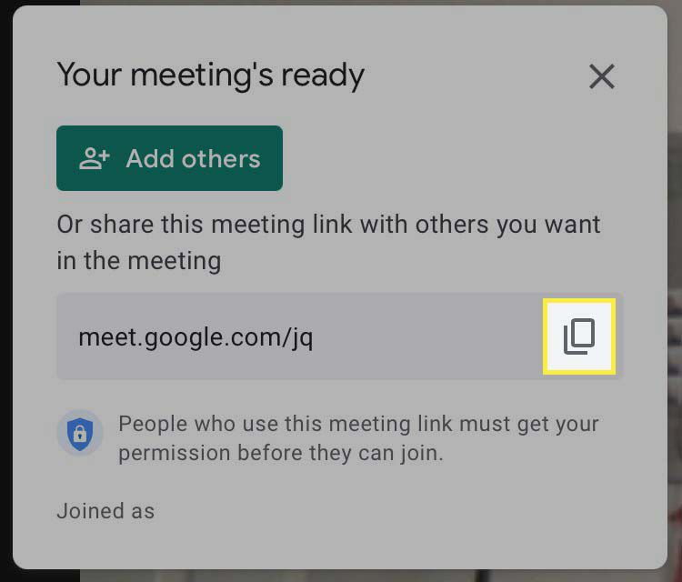 The copy link button highlighted in Google Meet.