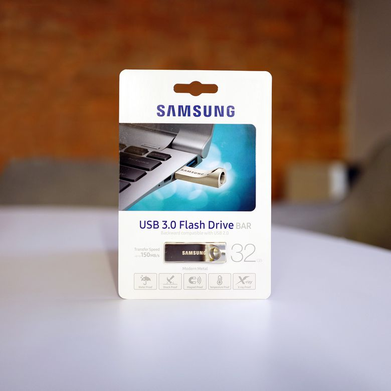 Samsung BAR Flash Drive