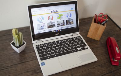Chromebooks vs  Laptops: What's the Difference?