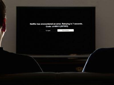 A TV displaying the Netflix error code ui-800-3.