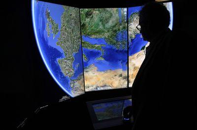 install google earth linux debian