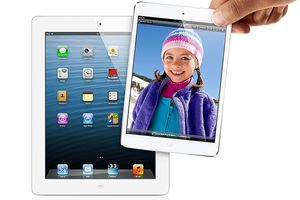iPad and iPad mini being held by a hand