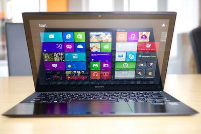 Windows 8 laptop computer