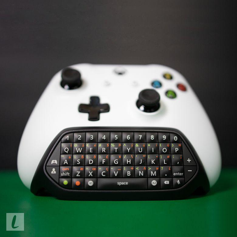 Microsoft Xbox One Chatpad