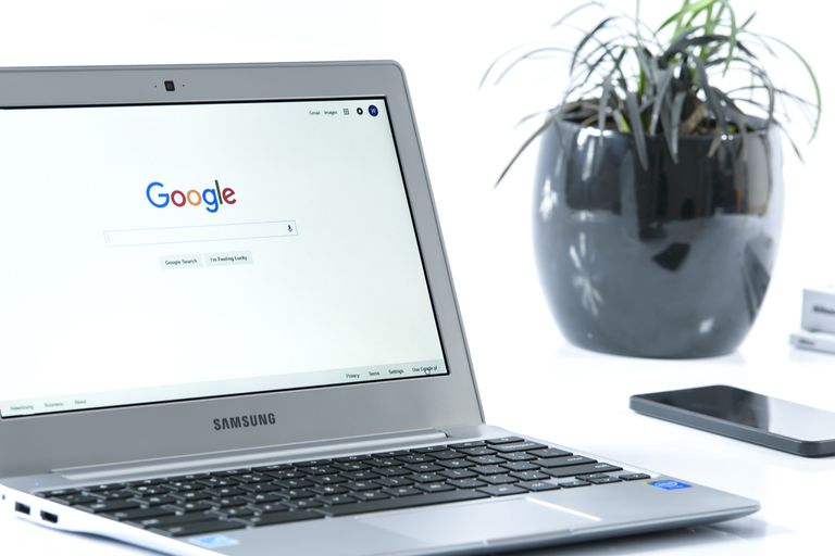 Samsung Chromebook on Desk