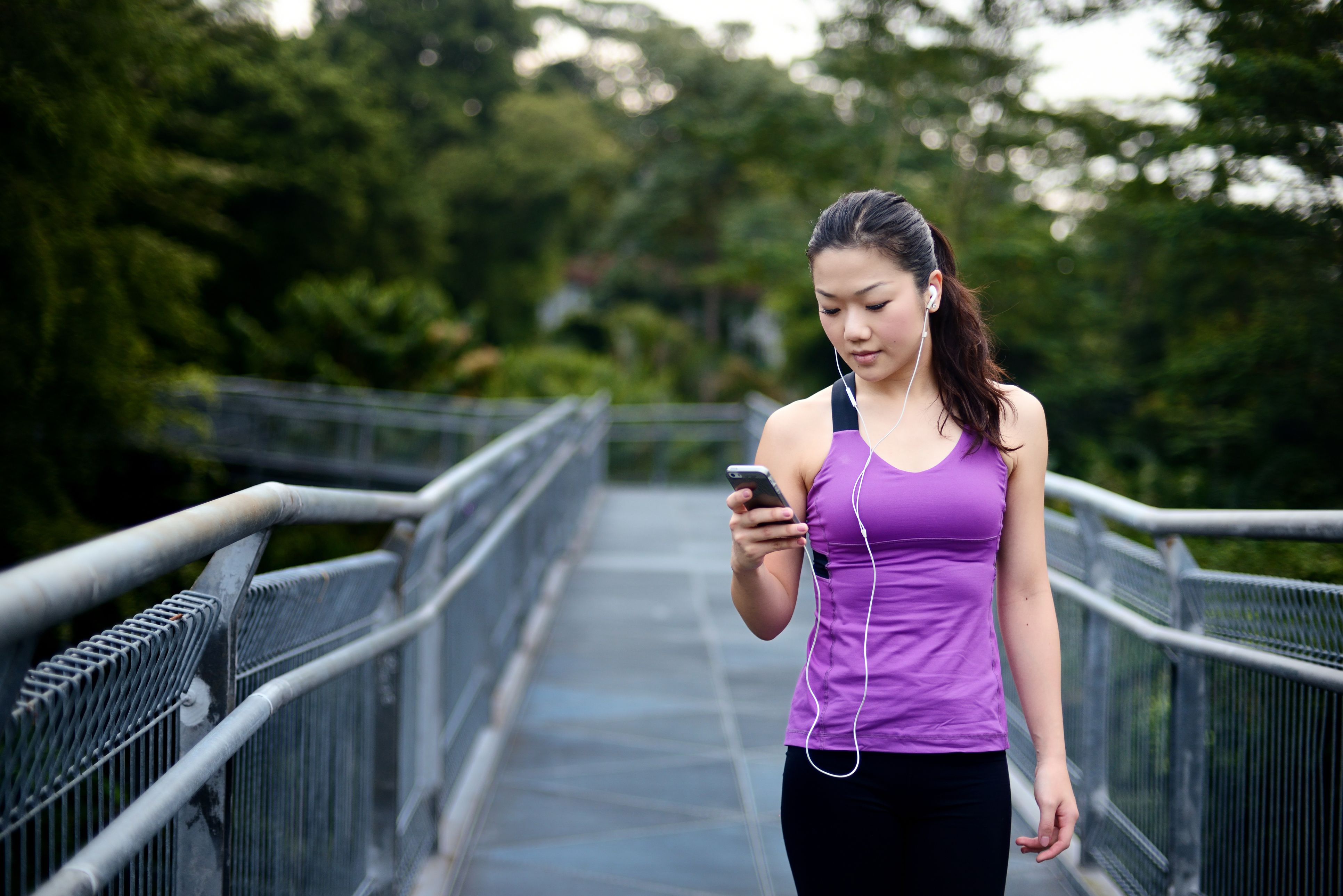 Weight Loss Tips Using the iPhone and iPod