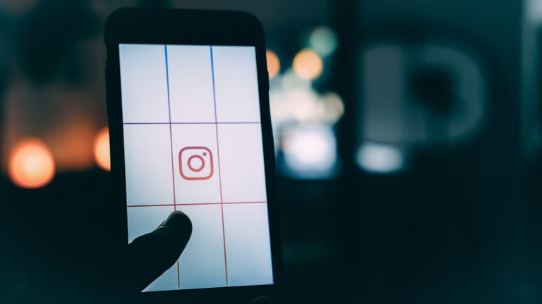 Does Instagram Notify You of Screenshots Taken by Someone Else?