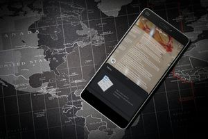 Android phone showing Google Maps Lens interface