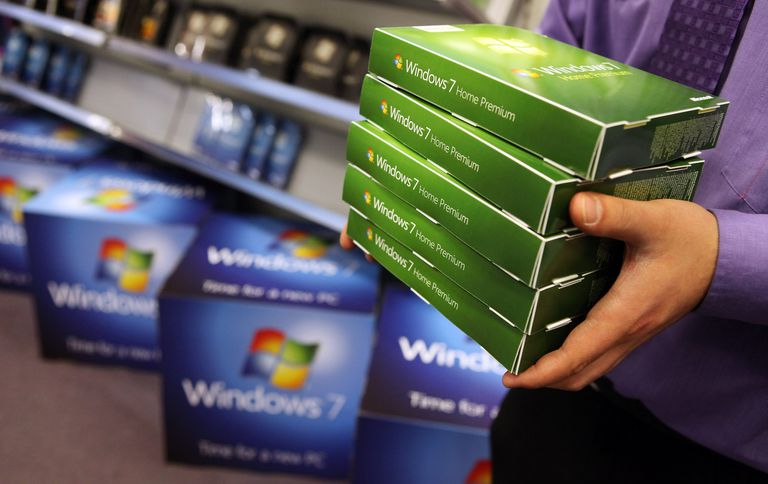 Windows 7 packages being held by man