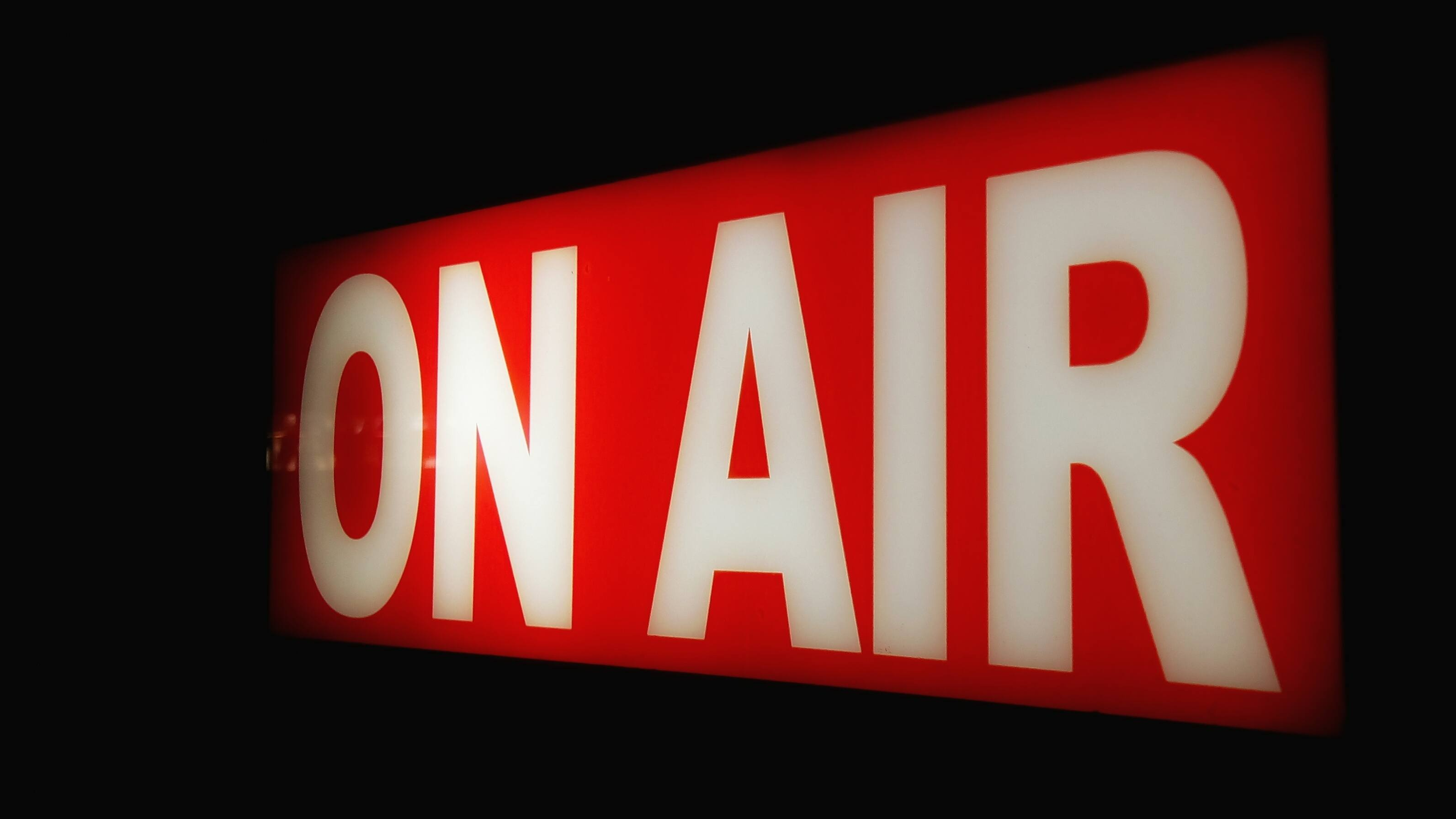 An old-fashioned On Air sign.