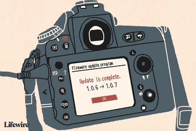 Illustration of a DSLR camera with Firmare update on its screen