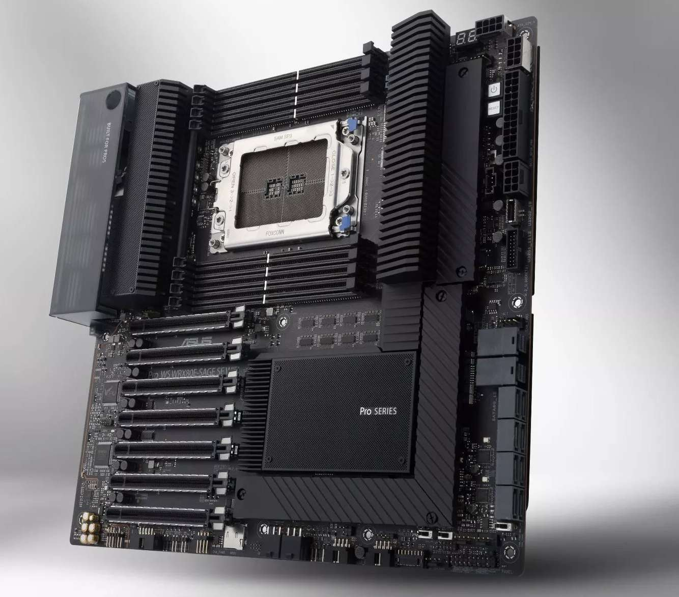 The Asus Pro WS WRX80E-SAGE SE WIFI Motherboard.