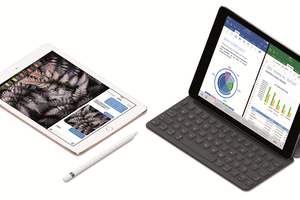 Apple iPad Pro 9.7-inch Productivity Tablet