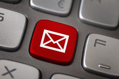 Email button image.