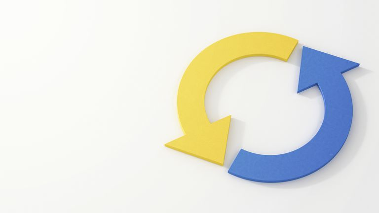 Two arrows, blue and yellow, creating a loop