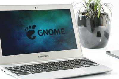 GNOME logo on a Samsung laptop