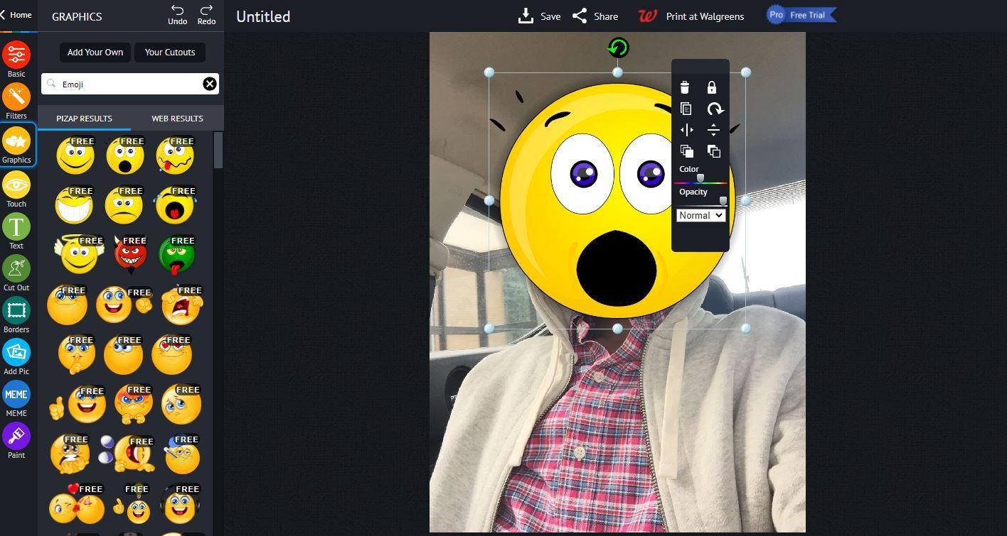 piZap - dragging and sizing emoji graphic